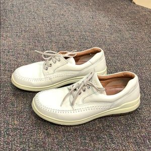 Ecco Cream Leather Casual Shoes
